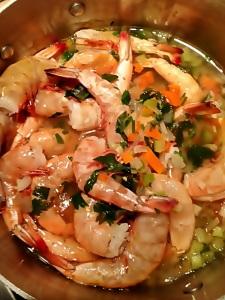 Peel and Eat Shrimp in Vegetable Broth