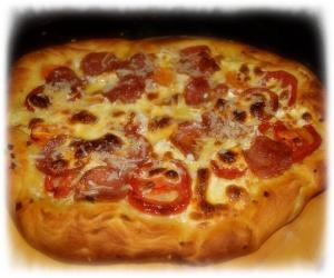 Salami Pizza 3