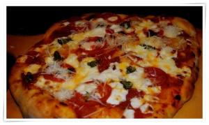 Salami Pizza 5